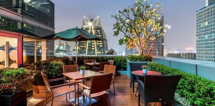 novotel-bangkok-ploenchit-sukhumvit-accommodation-premier-lounge-2