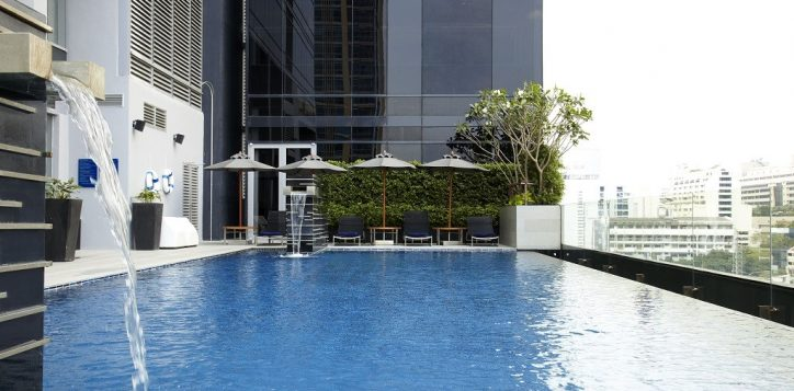 swimming-pool-novotel-0138-2