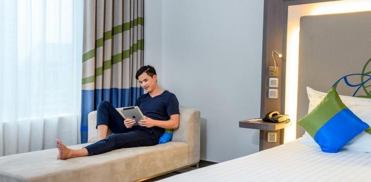 guest-room-novotel-bangkok-ploenchit-sukhumvit-2