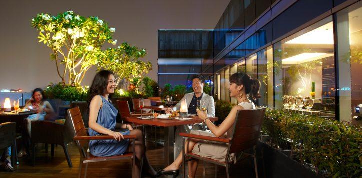 premier-lounge-novotel-0059_1800-x-1200-2