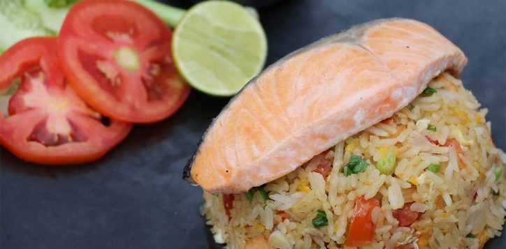 dl_lunch-express_kao-phad-salmon-2