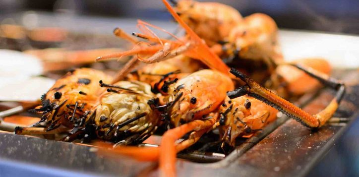 prawn-buffet-three-hotels-2